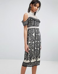 Elliatt Embroidered Bodycon Dress Black