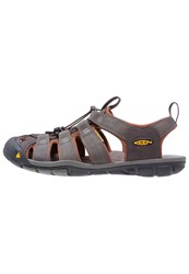 Keen Clearwater Cnx Walking Sandals Raven Tortoise Shell Grey