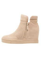 Steve Madden Linqs Ankle Boots Sand