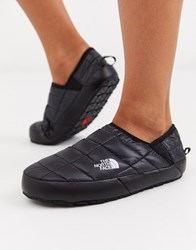 The North Face Traction Mule Slippers In Black