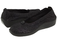 Arcopedico L14 Black Women's Flat Shoes