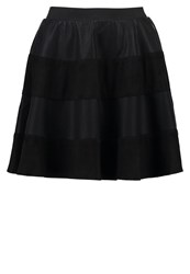 Only Onlrikka Mini Skirt Black