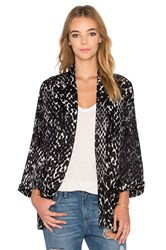 Rvca Right At Reign Kimono Black And White