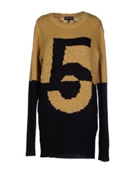 5Preview Sweaters Camel