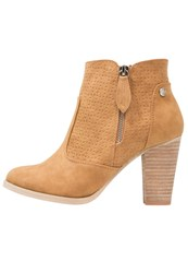 Xti Ankle Boots Camel