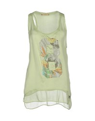 Met And Friends Topwear Vests Women Light Green