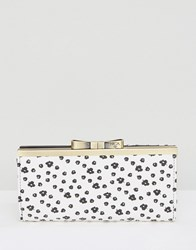 Nica Printed Purse White Floral