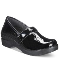 Easy Street Shoes Works By Lyndee Slip On Clogs Women's Black Patent