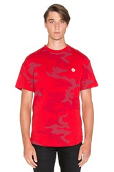 10.Deep Dotted Scoop Bottomed Tee Red