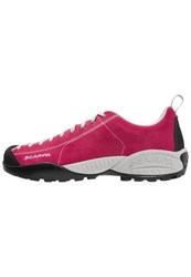 Scarpa Mojito Hiking Shoes Cherry Pink