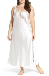 Oscar De La Renta Plus Size Women's Charmeuse Nightgown