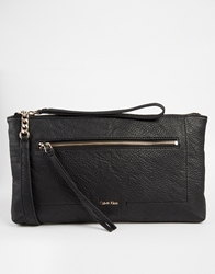 Calvin Klein Izzy Clutch In Black