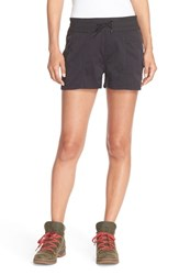 The North Face Women's 'Aphrodite' Woven Cargo Shorts Tnf Black Black