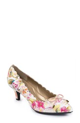 Women's Me Too 'Caprice' Pump 2' Heel