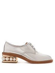 Nicholas Kirkwood Casati Pearl Heeled Patent Leather Derby Shoes Silver