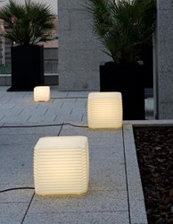 Tango Lighting Zig Zag Outdoor Light
