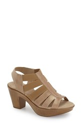 Munro American Women's 'Cookie' Slingback Sandal Golden Leather