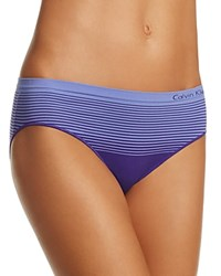 Calvin Klein Seamless Illusions Boyshort Qd3549 Stimulate Purple Tranquil Blue