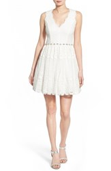 Women's Way In 'Laura' V Neck Lace Skater Dress