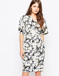 Closet Dress With Kimono Sleeves In Dark Floral Print Multi
