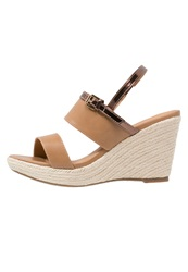 Wallis Sitalla Wedge Sandals Tan Cognac