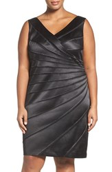 Chetta B Plus Size Women's Paneled Starburst Sheath Dress