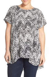 Plus Size Women's Vince Camuto Chevron Print High Low Blouse