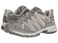 Columbia Mountain Masochist Iii Outdry Monument Dark Raspberry Women's Running Shoes Gray