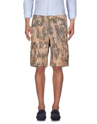 Uniform Bermudas Sand