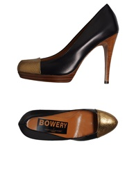 Golden Goose Platform Pumps