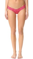 Hanky Panky Signature Lace Low Rise Thong Red Lip Gloss