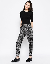 Monki Mono Print Peg Trouser Grey