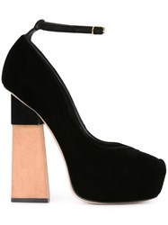Aperlai Platform Pumps Black