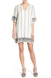 Women's Hinge Embroidered Caftan
