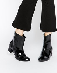 Warehouse 60S Patent Calf Boots Black