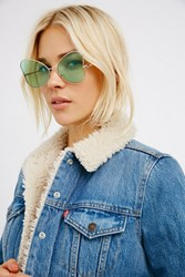 Free People Womens Queen Of Hearts Sunglass