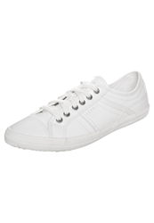 Esprit Megan Lace Up Trainers White