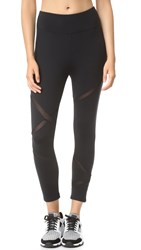 Solow Racerback Capri Leggings Black