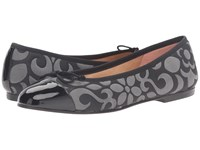 French Sole Vanity 4 Black Quilted Fabric Women's Flat Shoes