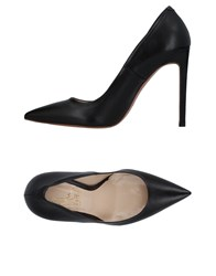 Le Stelle Pumps Black