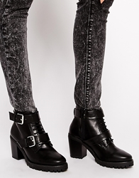 Pull And Bear Chunky Ankle Boots With Grunge Sole Black