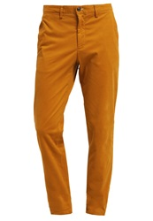 New Man Pharman Chinos Ocre Ochre