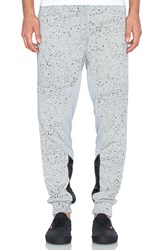 Staple Runner Sweatpant Gray