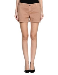 Gold Case Shorts Camel