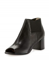 Amalfi By Rangoni Clarissa Leather Stretch Bootie Black