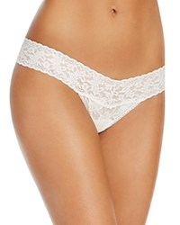 Hanky Panky Pearl And Bow Signature Lace Thong 481981 Marshmallow