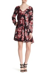 Cupcakes And Cashmere Jimmy V Neck Long Sleeve Dress Red