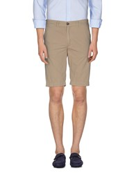Fred Perry Trousers Bermuda Shorts Men Beige