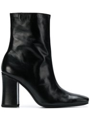 Dorateymur Pointed Toe Boots Black