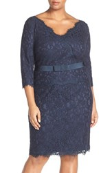 Tadashi Shoji Plus Size Women's Three Quarter Sleeve V Neck Lace Sheath Dress